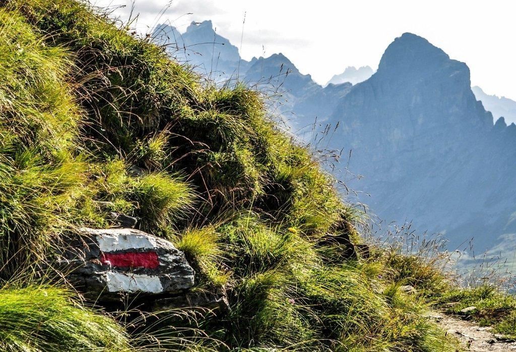 marque balisage randonnée montagne suisse