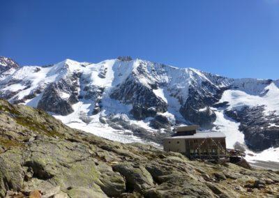 Refuge Tour du Mont Blanc Haute Route