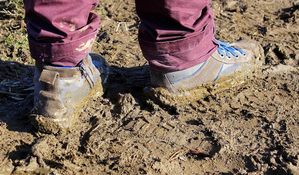 comment choisir des chaussures de randonnée et de trek - accroche de la semelle