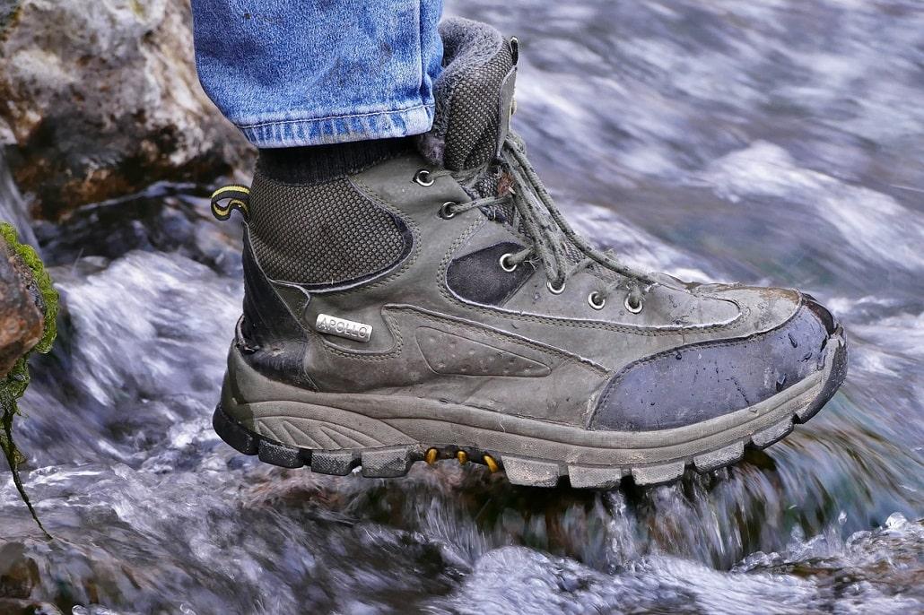 comment choisir des chaussures de randonnée et de trek - imperméabilité