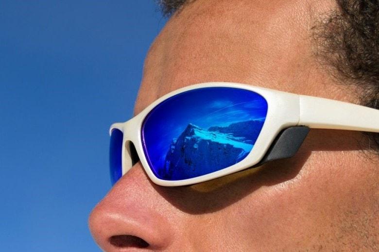 matériel pour le tour du mont blanc : lunettes de soleil
