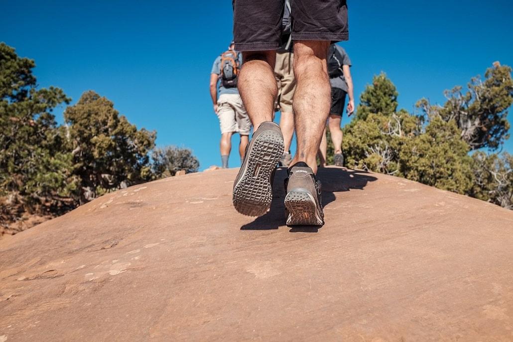 rigidité de la semelle des chaussures de trek et de randonnée