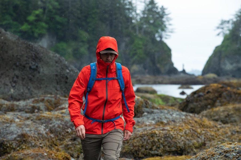 veste imperméable de randonnée et trekking